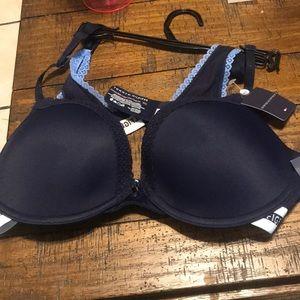 e4ee007c04a Tommy Hilfiger Intimates   Sleepwear - Convertible Lace Trim Tommy Hilfiger  Push Up Bra